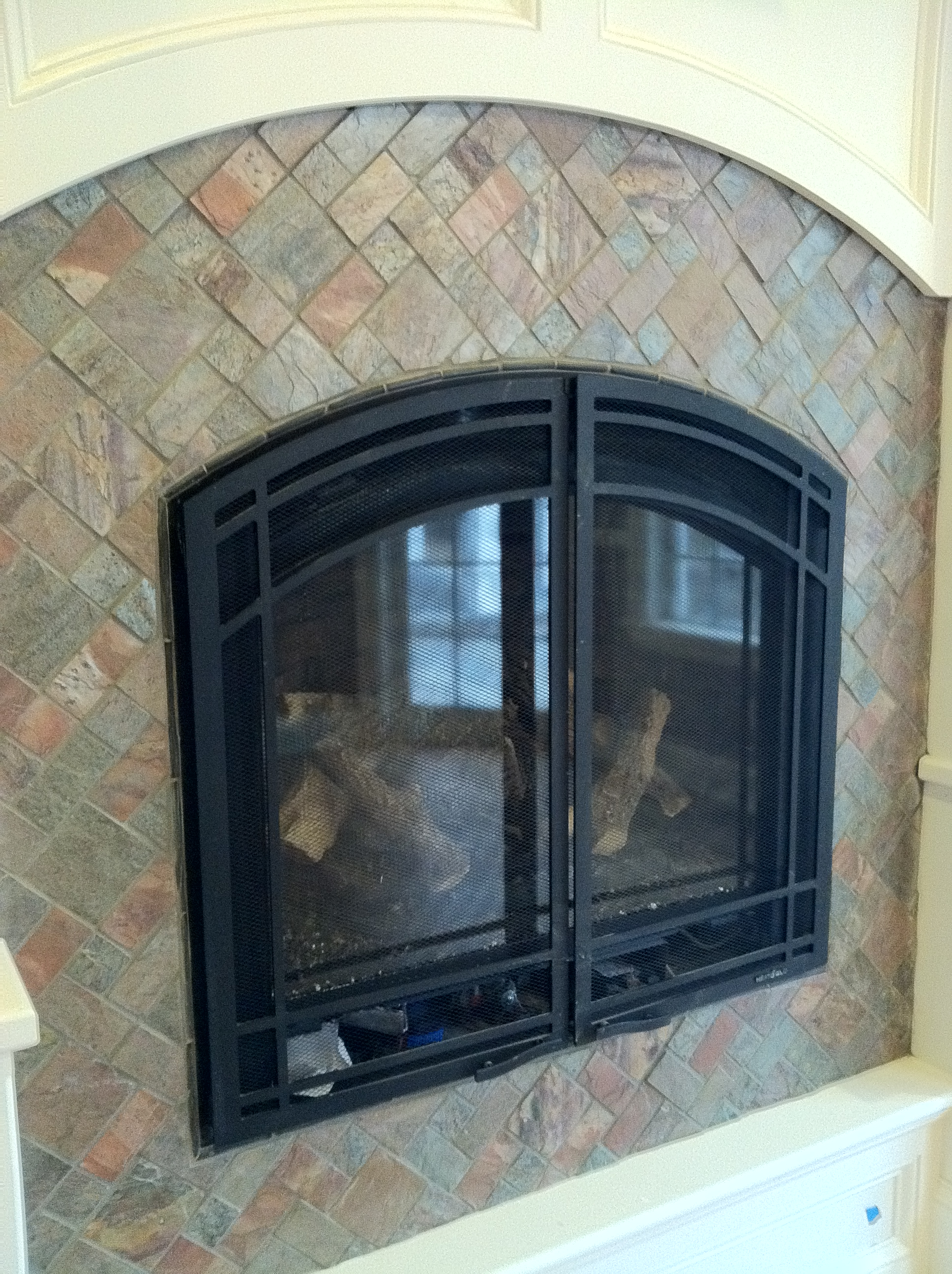slate-patterned-fireplace-surround